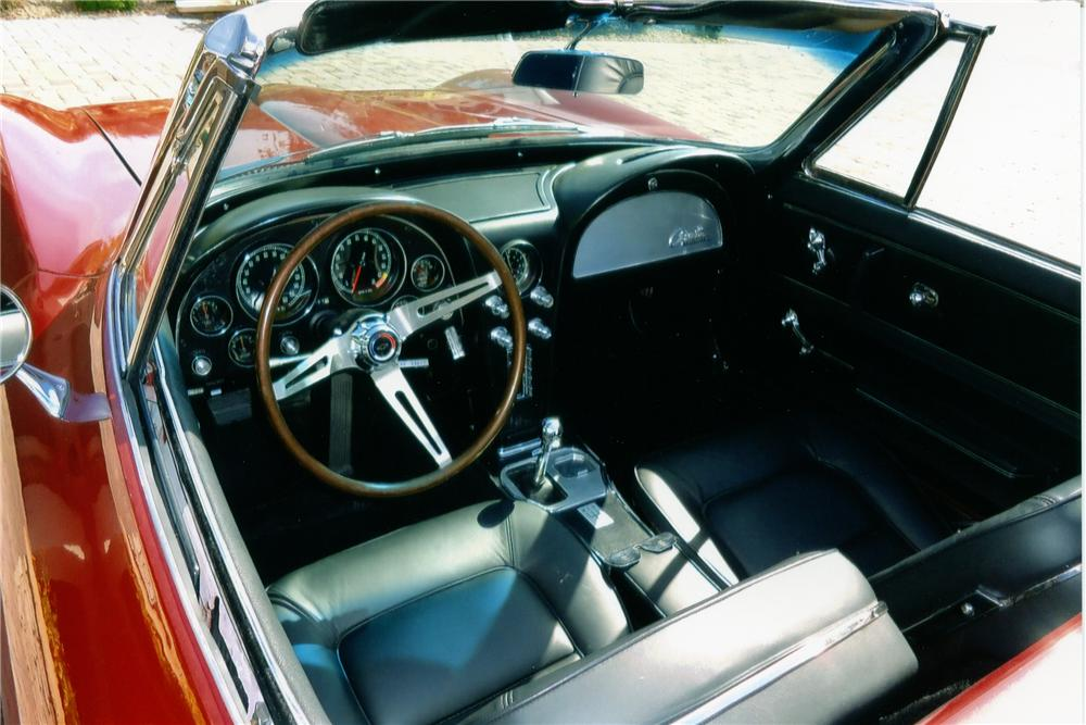 1965 CHEVROLET CORVETTE CONVERTIBLE - Interior - 96333
