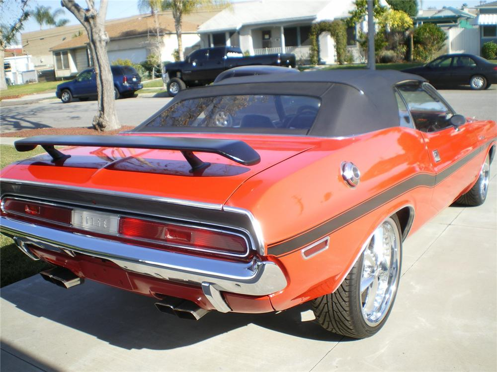 1970 DODGE CHALLENGER CUSTOM CONVERTIBLE - Rear 3/4 - 96343