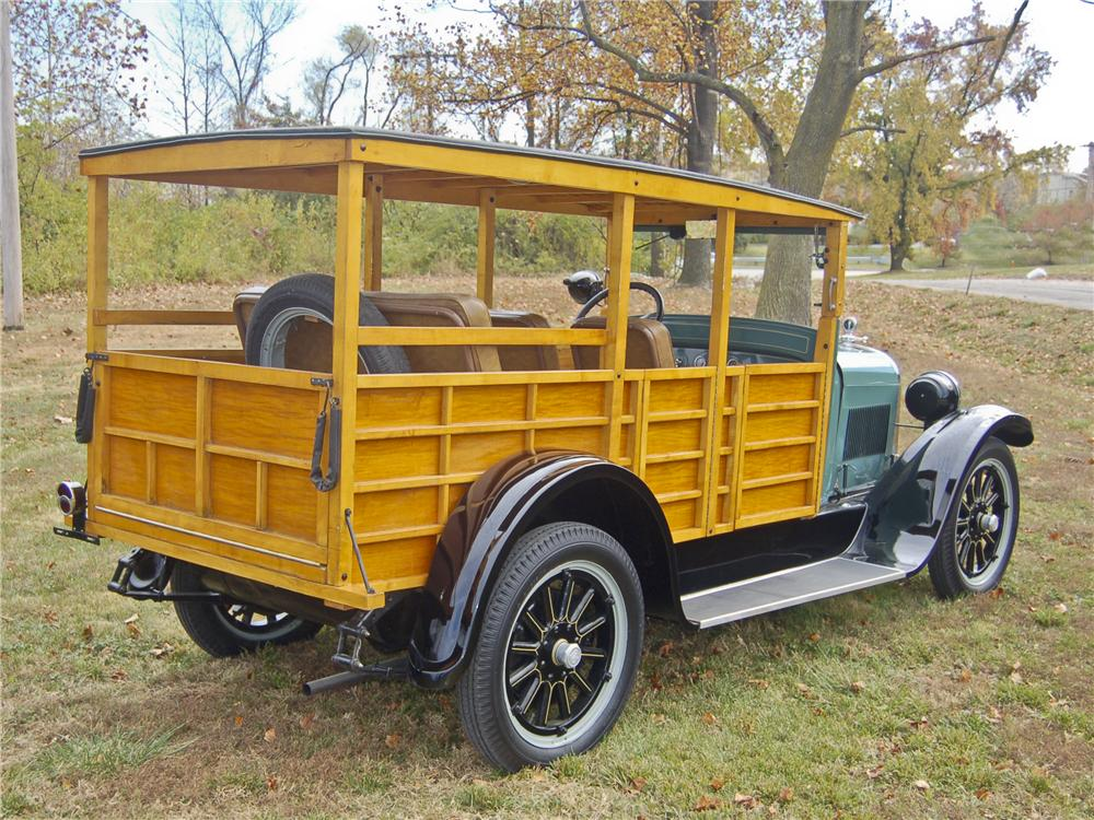 1926 DODGE WOODY WAGON - Rear 3/4 - 96357