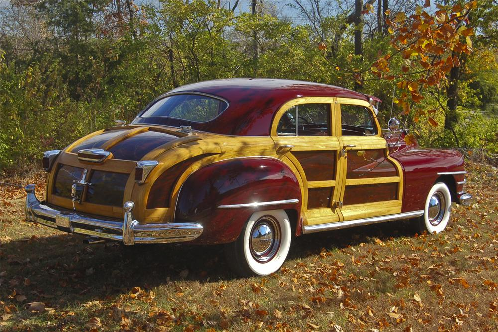 1947 CHRYSLER TOWN & COUNTRY WOODY SEDAN - Rear 3/4 - 96359