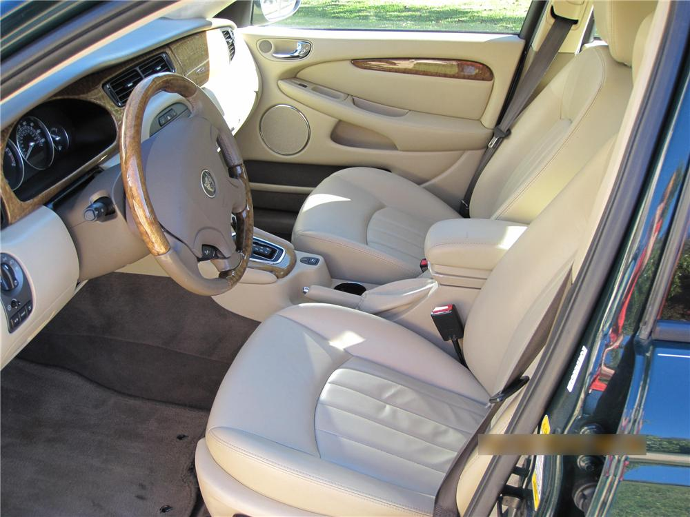 2004 JAGUAR X-TYPE SEDAN - Interior - 96372