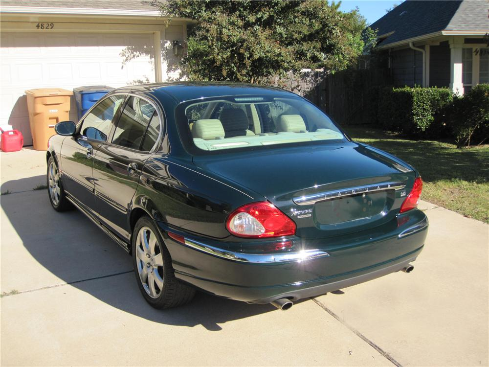 2004 JAGUAR X-TYPE SEDAN - Rear 3/4 - 96372