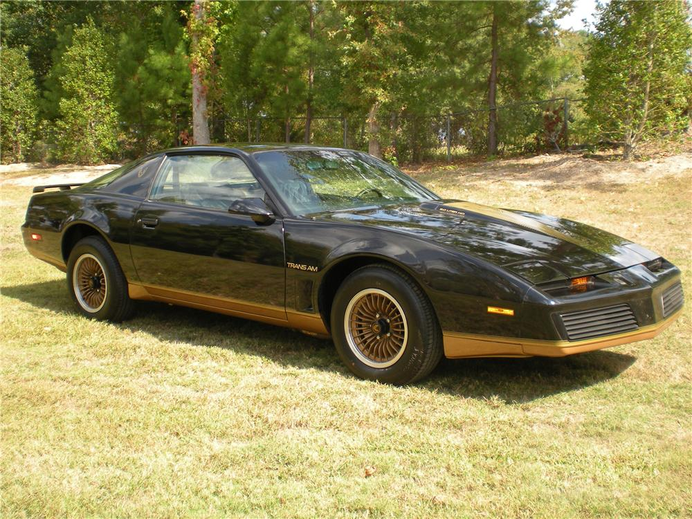 1983 PONTIAC FIREBIRD TRANS AM COUPE - Front 3/4 - 96375