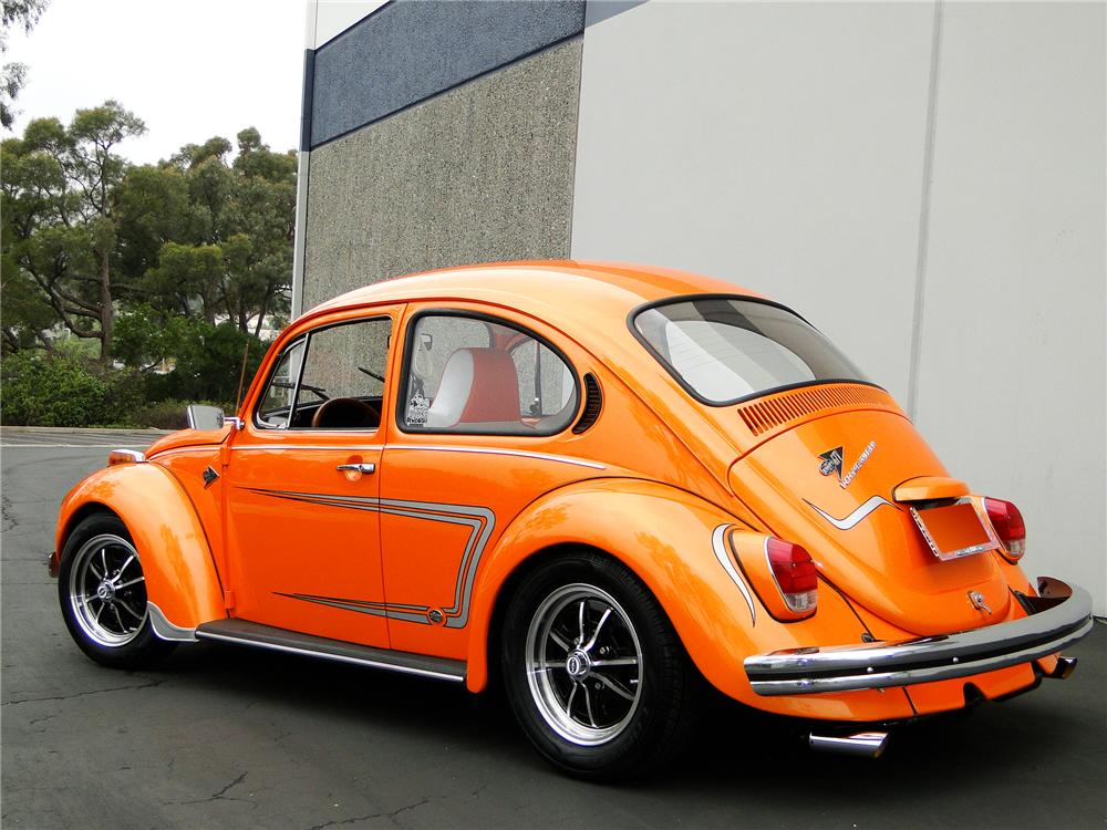 1972 VOLKSWAGEN BEETLE SEDAN - Rear 3/4 - 96385