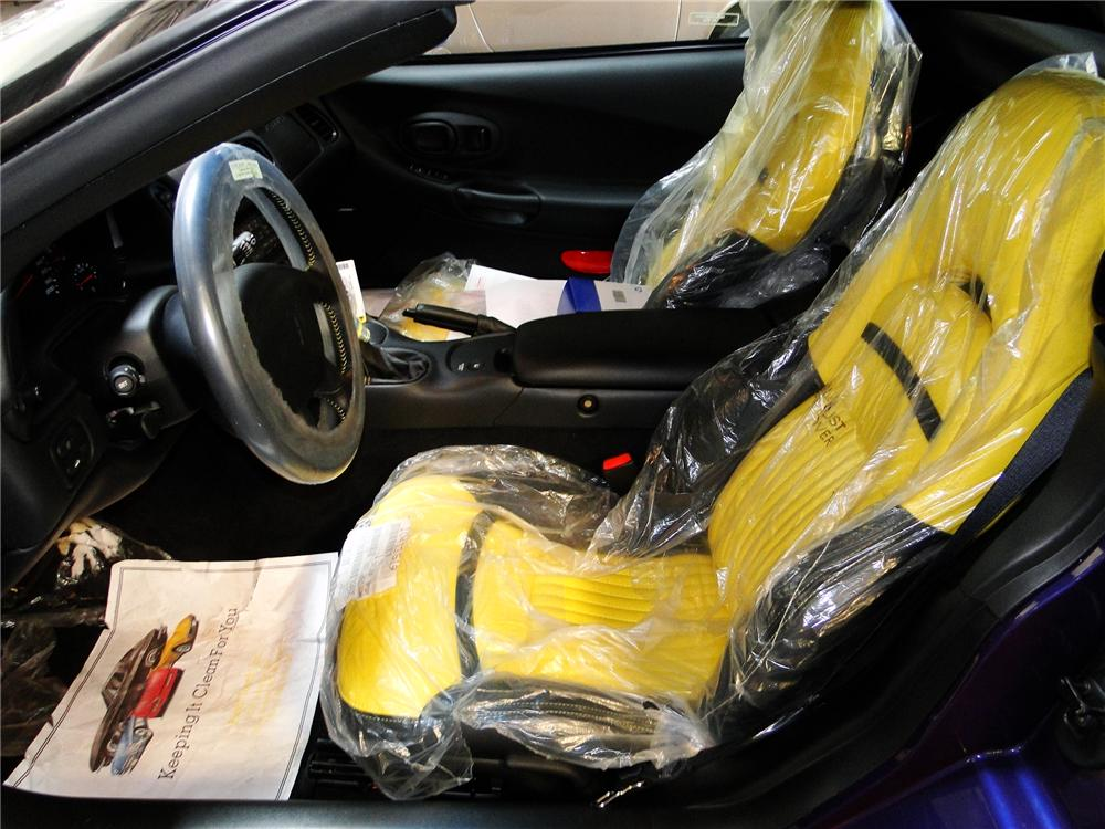 1998 CHEVROLET CORVETTE CONVERTIBLE PACE CAR - Interior - 96399