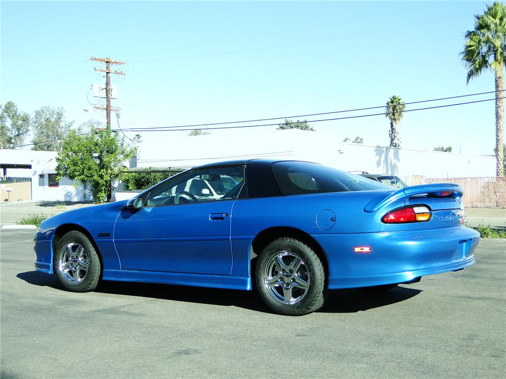 1999 CHEVROLET CAMARO Z/28 COUPE - Rear 3/4 - 96403