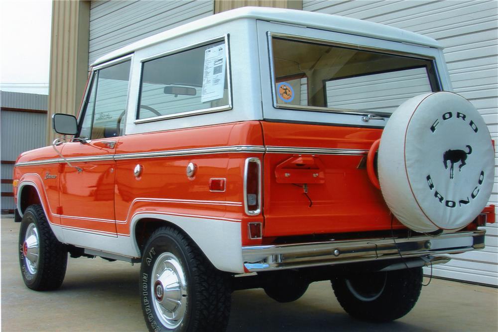 1976 FORD BRONCO SUV - Rear 3/4 - 96406