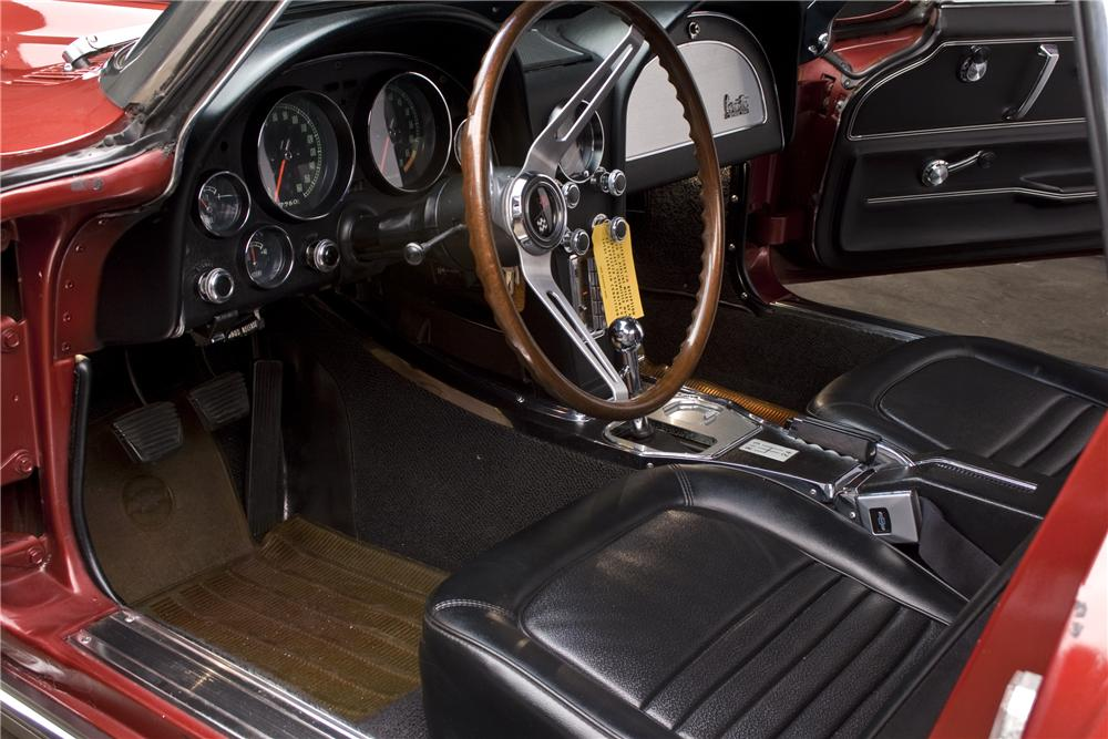1967 CHEVROLET CORVETTE CONVERTIBLE - Interior - 96408