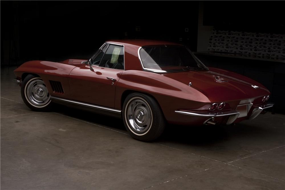 1967 CHEVROLET CORVETTE CONVERTIBLE - Rear 3/4 - 96408
