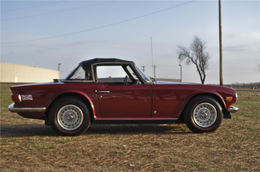 1973 TRIUMPH TR-6 ROADSTER - Side Profile - 96417