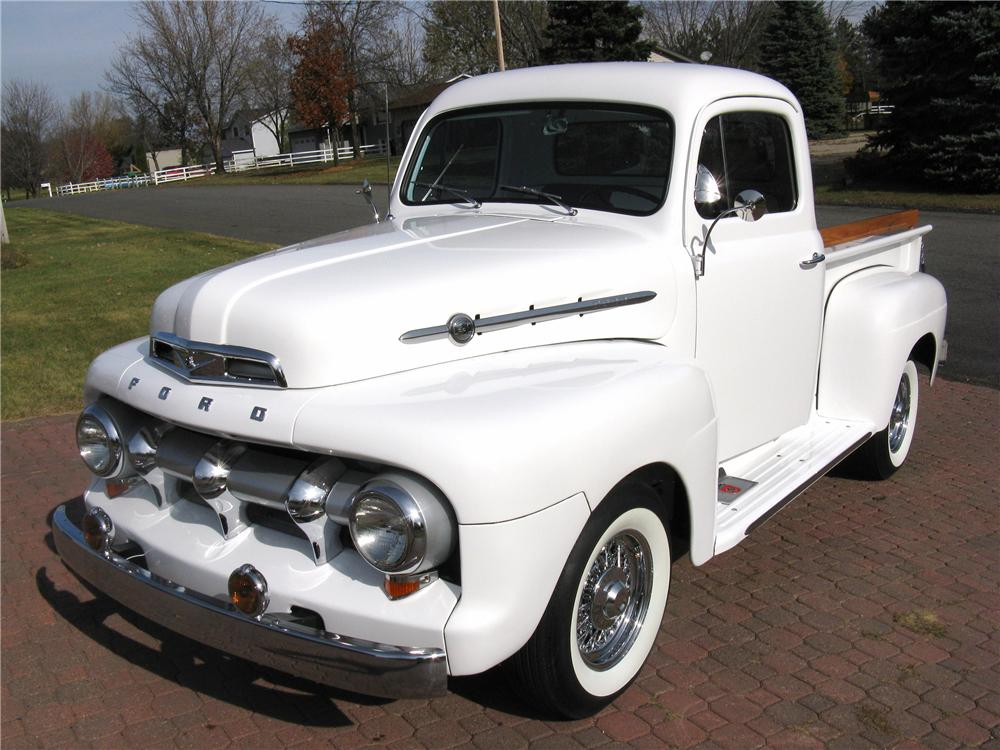 1952 FORD F-1 CUSTOM PICKUP - Front 3/4 - 96439
