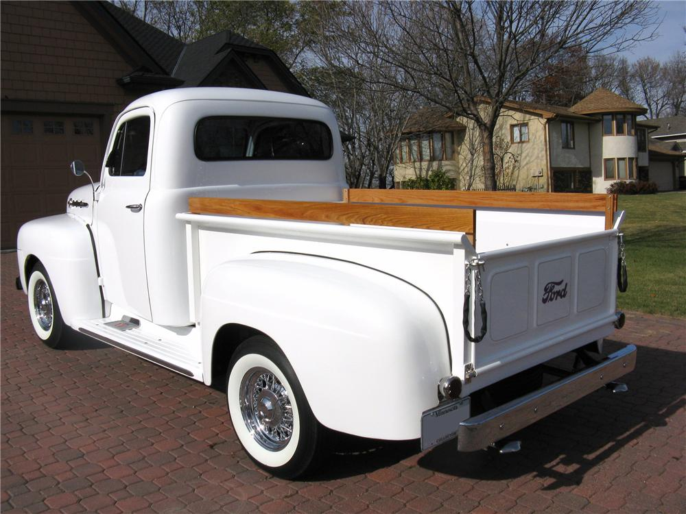 1952 FORD F-1 CUSTOM PICKUP - Rear 3/4 - 96439