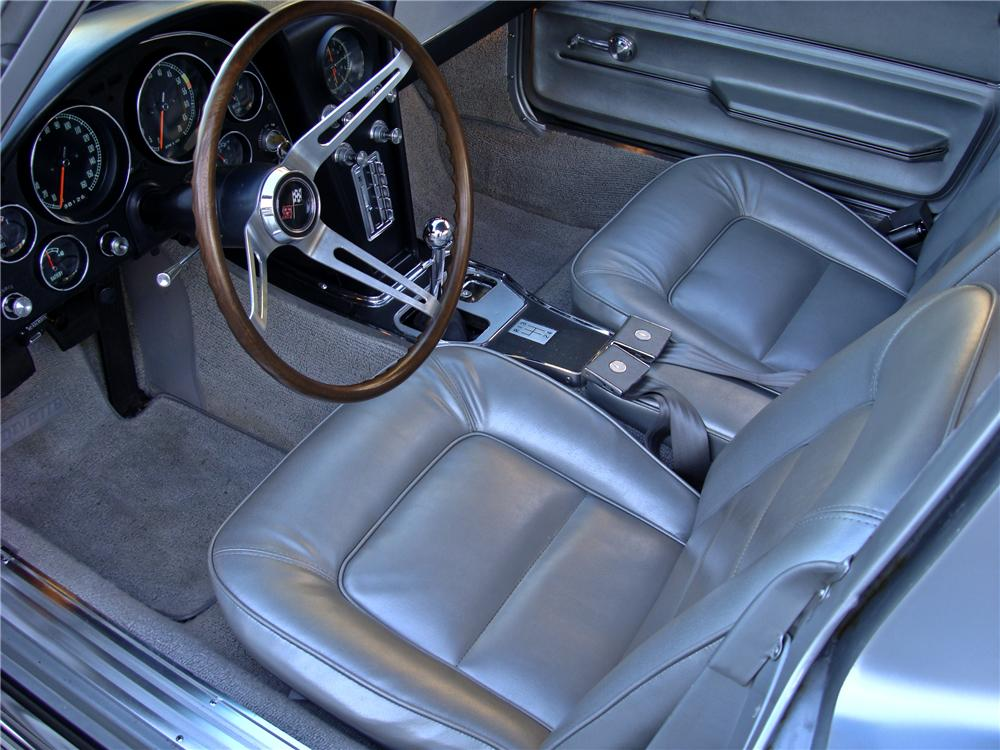 1965 CHEVROLET CORVETTE COUPE - Interior - 96447