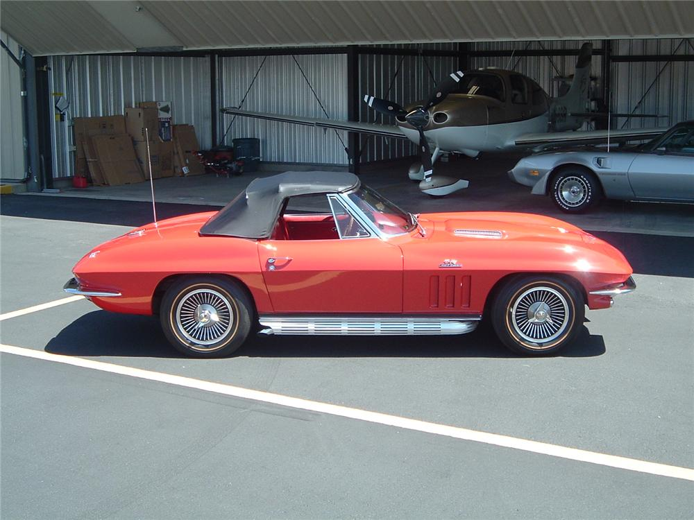 1966 CHEVROLET CORVETTE CONVERTIBLE - Side Profile - 96452