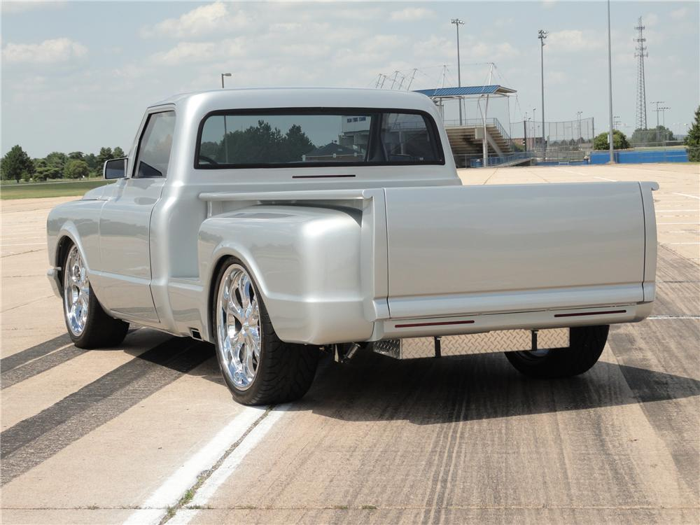 1967 CHEVROLET C-10 CUSTOM PICKUP - Rear 3/4 - 96492
