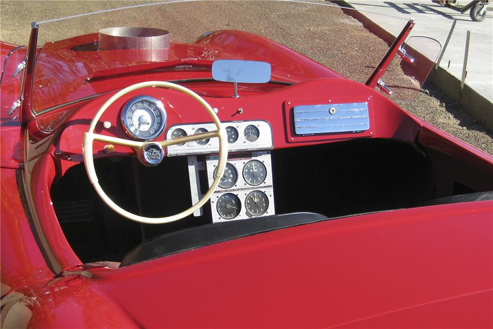 1955 WOODILL WILDFIRE TURBINE CONVERTIBLE - Interior - 96499