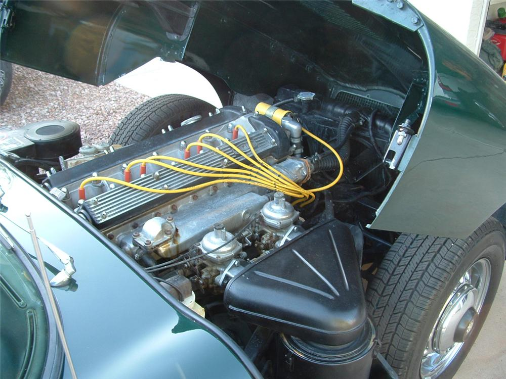 1969 JAGUAR XKE COUPE - Engine - 96507