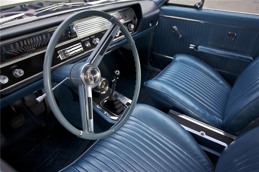 1964 OLDSMOBILE 442 COUPE - Interior - 96523