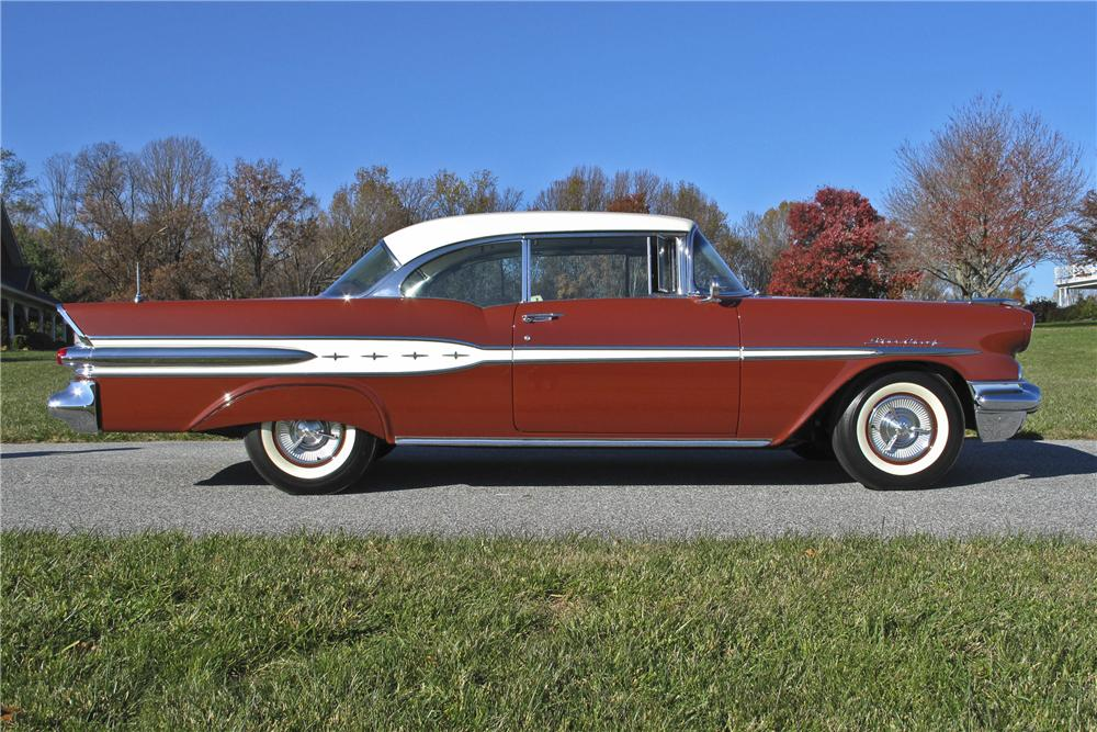 1957 PONTIAC STAR CHIEF 2 DOOR HARDTOP - Side Profile - 96536