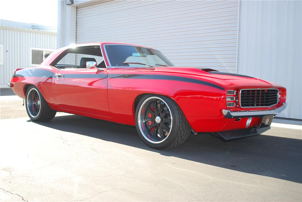 """1969 CHEVROLET CAMARO RS/SS CUSTOM """"PROJECT AMERICAN HEROES"""" - Front 3/4 - 96542"""