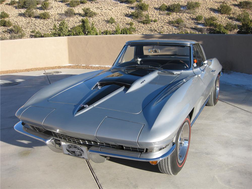 1967 CHEVROLET CORVETTE CONVERTIBLE - Front 3/4 - 96545