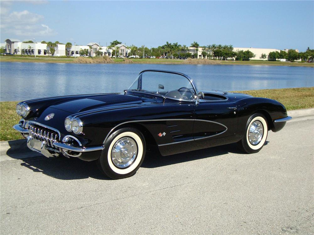 1958 CHEVROLET CORVETTE CONVERTIBLE - Front 3/4 - 96573