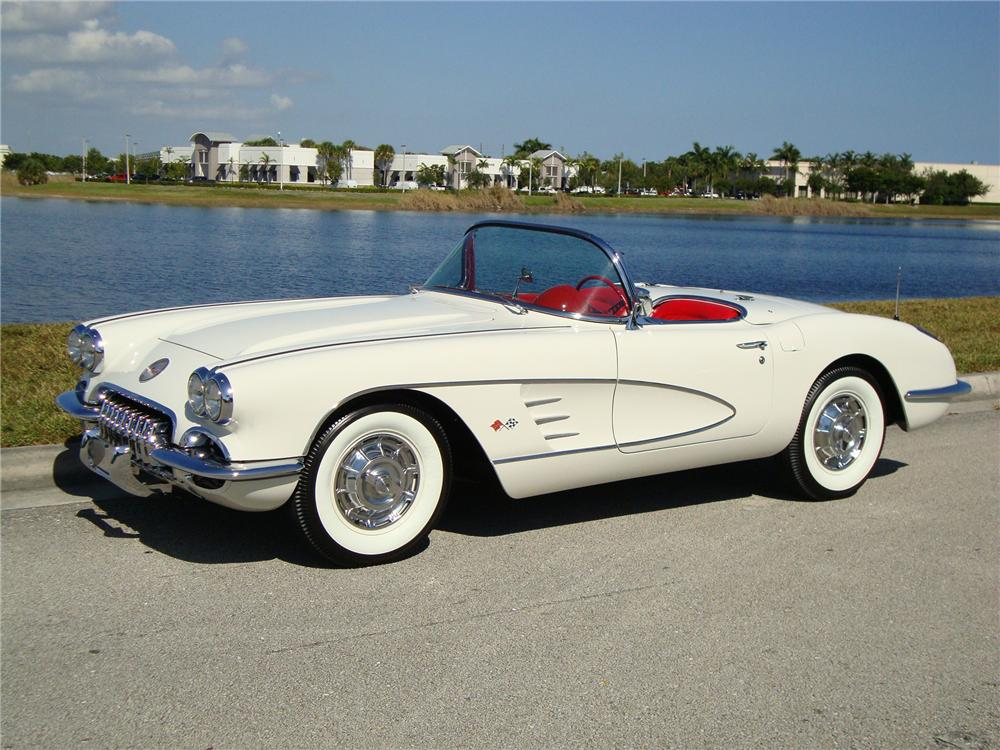 1960 CHEVROLET CORVETTE CONVERTIBLE - Front 3/4 - 96574