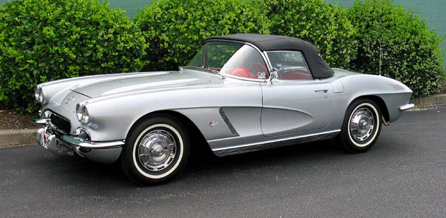 1962 CHEVROLET CORVETTE CONVERTIBLE - Front 3/4 - 96575