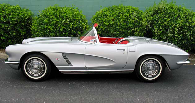 1962 CHEVROLET CORVETTE CONVERTIBLE - Side Profile - 96575