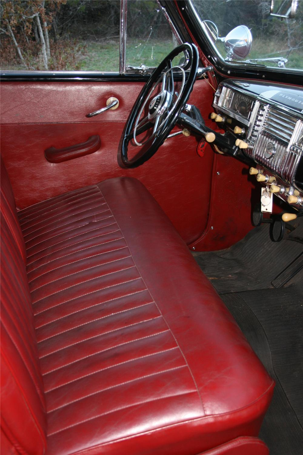 1948 PLYMOUTH SUPER DELUXE CONVERTIBLE - Interior - 96578