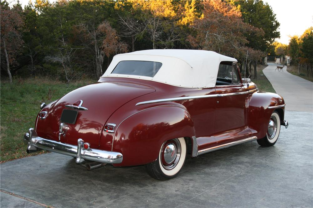1948 PLYMOUTH SUPER DELUXE CONVERTIBLE - Rear 3/4 - 96578
