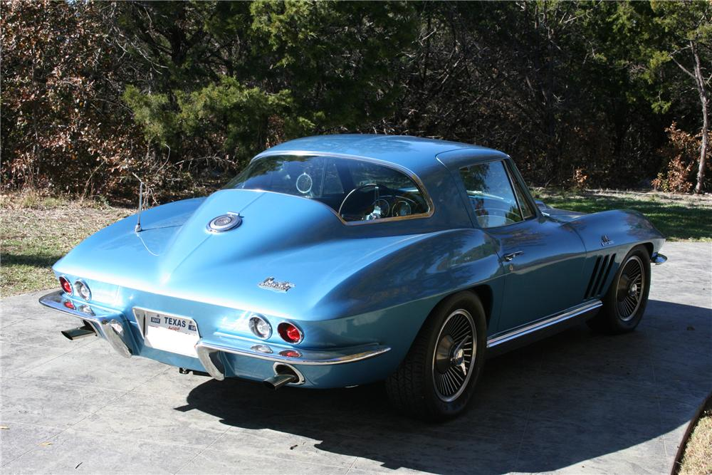 1966 CHEVROLET CORVETTE COUPE - Rear 3/4 - 96580