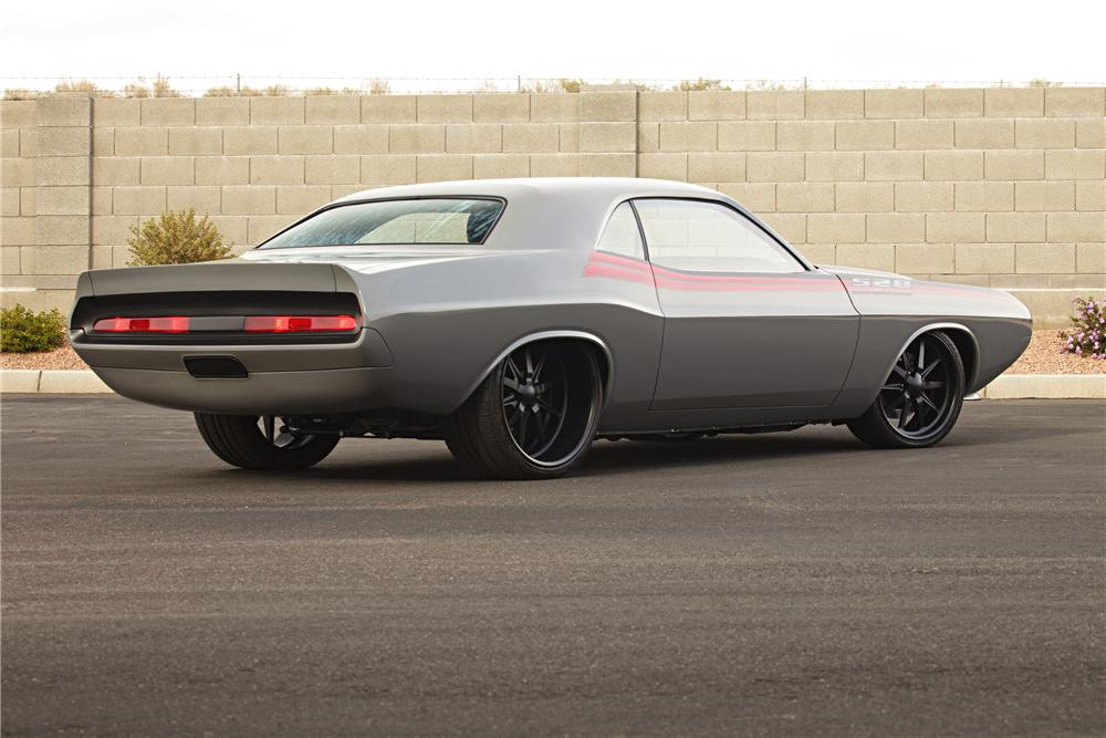 1970 DODGE CHALLENGER CUSTOM COUPE - Rear 3/4 - 96598