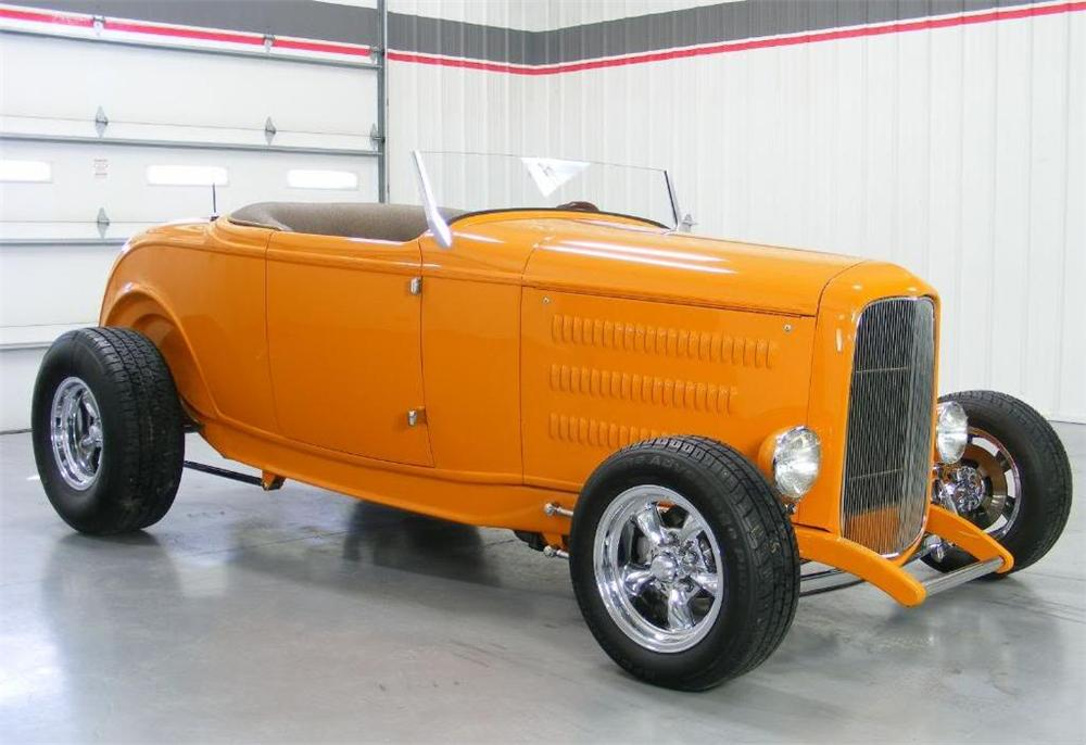 1932 FORD HI-BOY CUSTOM ROADSTER - Front 3/4 - 96600