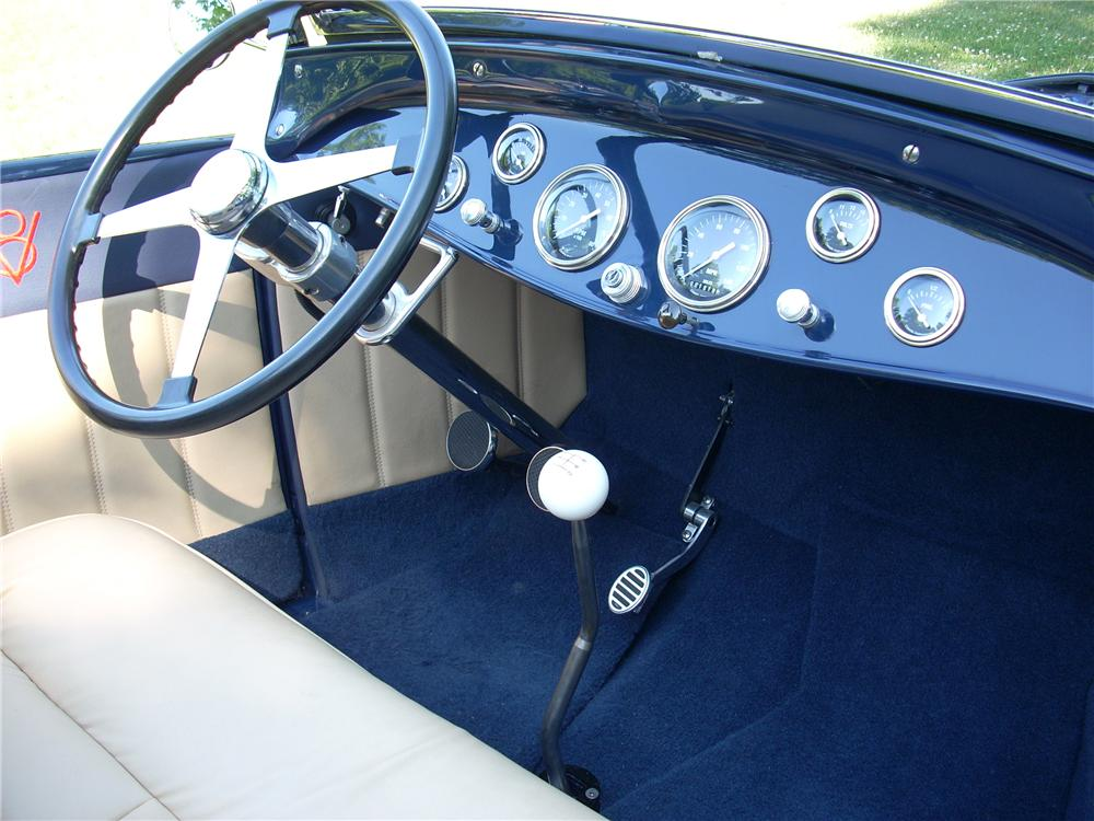 1929 FORD HI-BOY CUSTOM ROADSTER - Interior - 96606