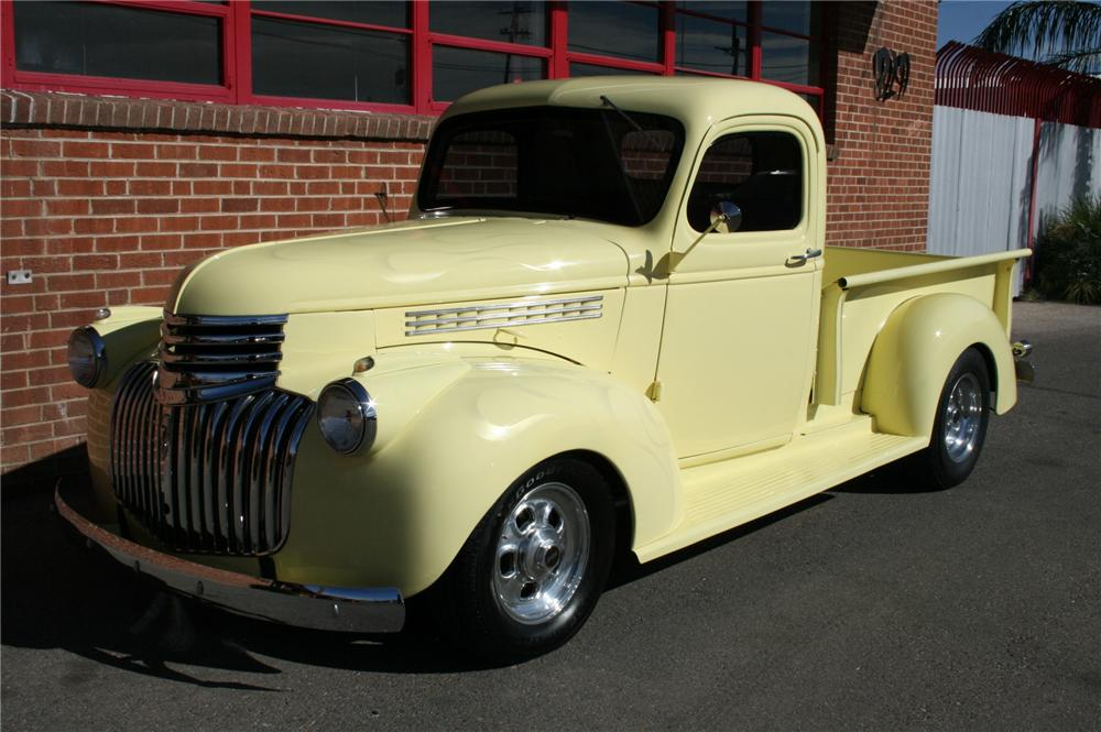 1945 CHEVROLET CUSTOM PICKUP - Front 3/4 - 96618
