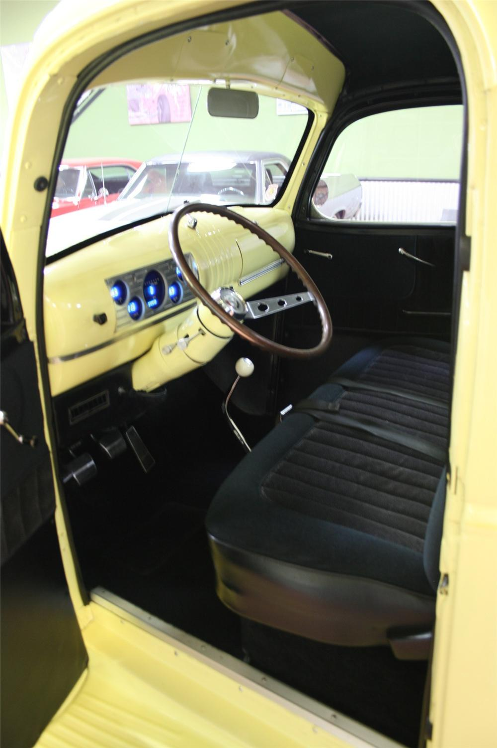 1945 CHEVROLET CUSTOM PICKUP - Interior - 96618