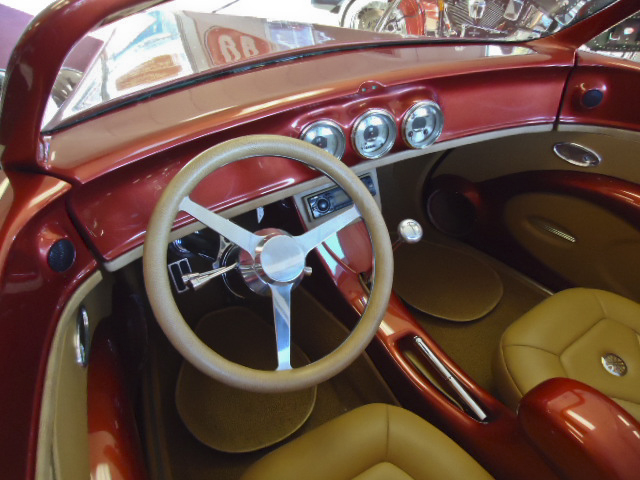 1933 FORD HI-BOY CUSTOM SPEEDSTAR ROADSTER - Interior - 96624