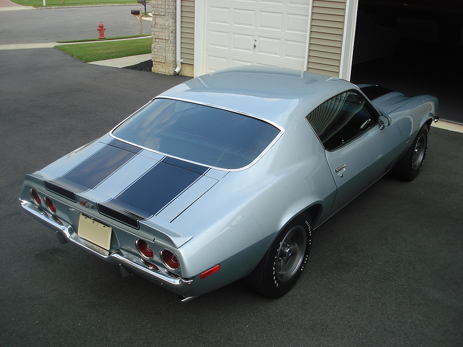 1972 CHEVROLET CAMARO Z/28 COUPE - Rear 3/4 - 96640