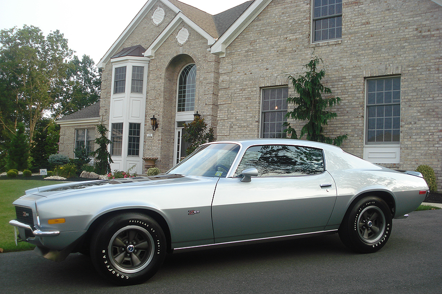 1972 CHEVROLET CAMARO Z/28 COUPE - Side Profile - 96640