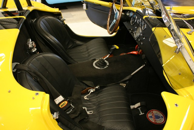 1965 SUPERFORMANCE COBRA REPLICA ROADSTER - Interior - 96655