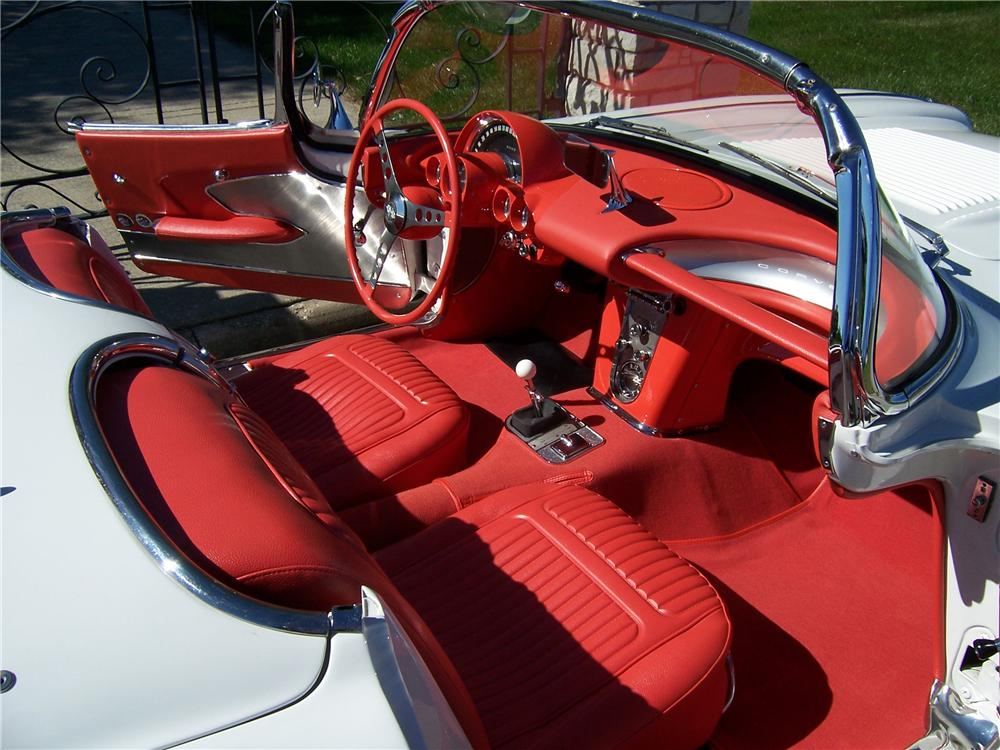 1958 CHEVROLET CORVETTE CONVERTIBLE - Interior - 96666