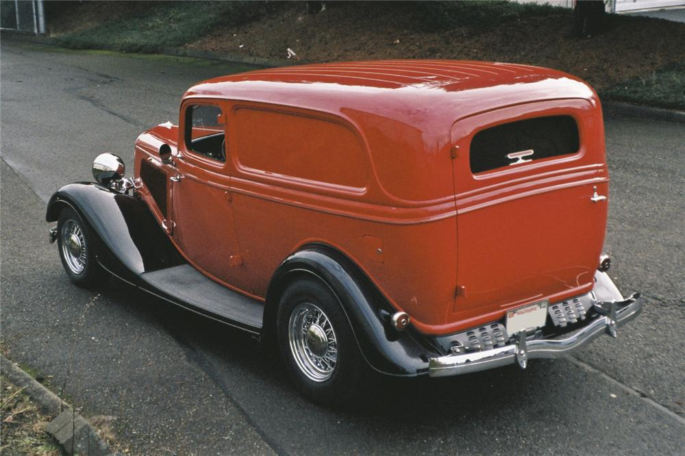 1934 FORD DELUXE CUSTOM SEDAN DELIVERY - Rear 3/4 - 96680