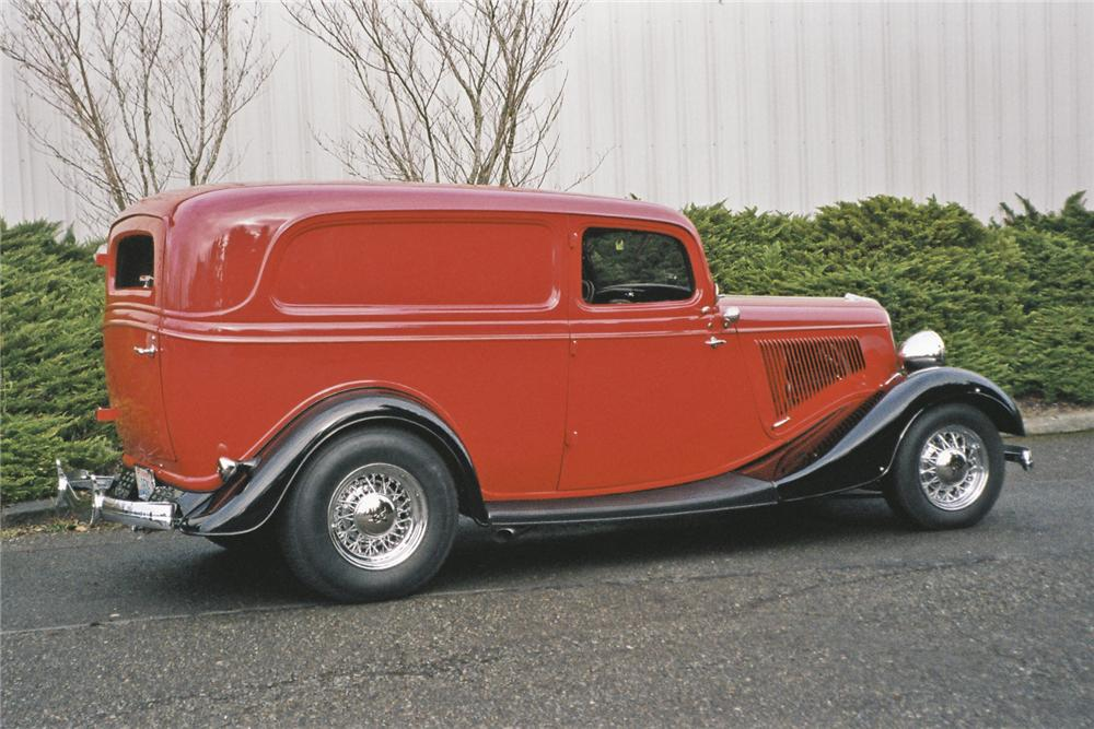 1934 FORD DELUXE CUSTOM SEDAN DELIVERY - Side Profile - 96680
