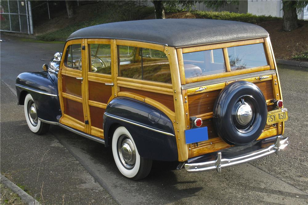 1948 FORD SUPER DELUXE WOODY WAGON - Rear 3/4 - 96682