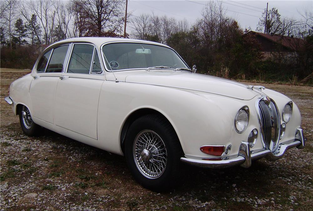 1967 JAGUAR 3.8S 4 DOOR SEDAN - Front 3/4 - 96687
