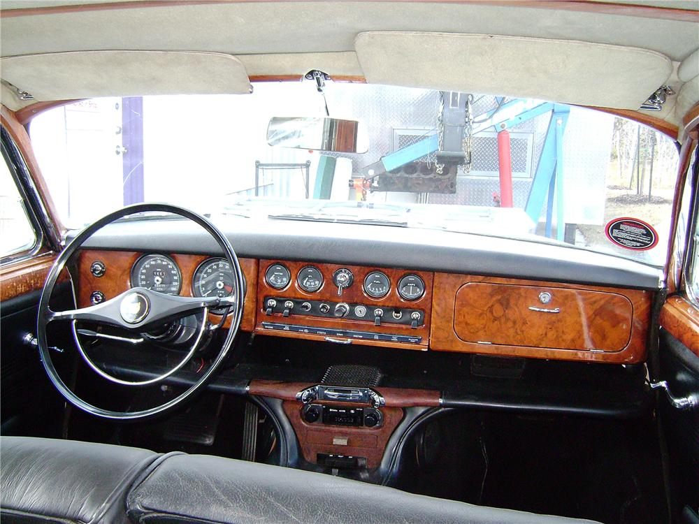1967 JAGUAR 3.8S 4 DOOR SEDAN - Interior - 96687