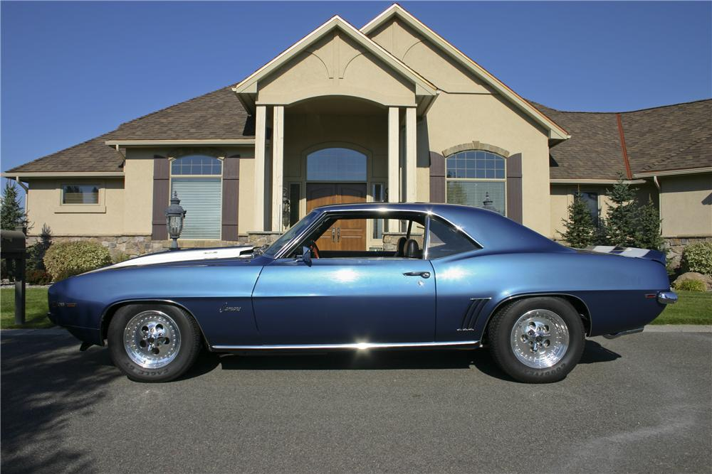 1969 CHEVROLET CAMARO Z/28 COUPE - Side Profile - 96692