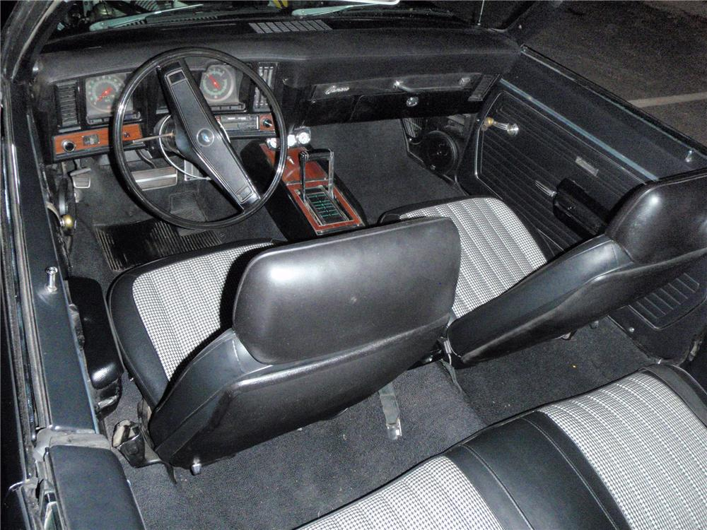 1969 CHEVROLET CAMARO CUSTOM CONVERTIBLE - Interior - 96705