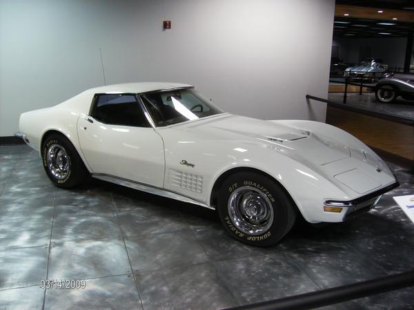 1972 CHEVROLET CORVETTE 2 DOOR COUPE - Front 3/4 - 96721